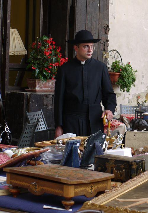 http://sd3.archive-host.com/membres/images/1336321151/balades/Toscane/camillo.jpg